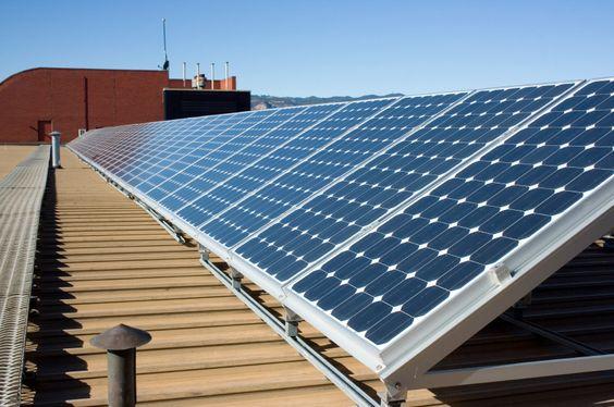 panneaux solaire toit plat